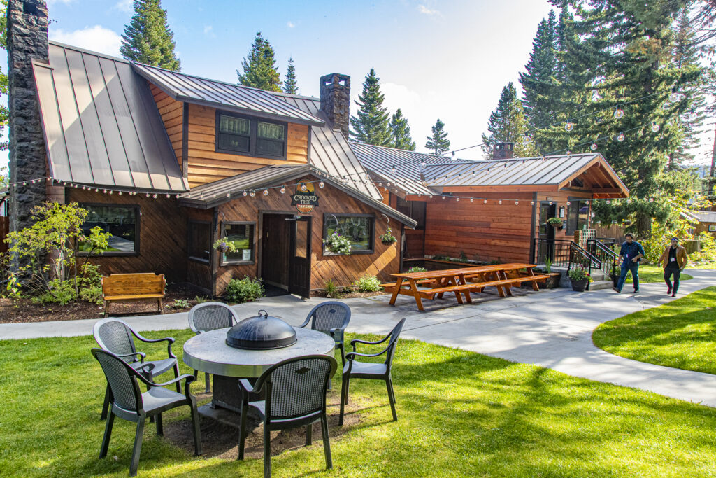 Crooked Tree Tavern at Cooper Spur Mountain Resort on Mount Hood- Amenities