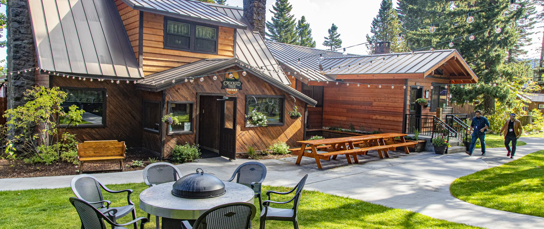 Crooked Tree Tavern at Cooper Spur Mountain Resort on Mount Hood- Amenities